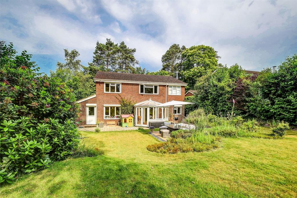 5 Bedrooms Detached House for sale in Stonehill Road, Headley Down, Hampshire