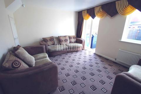 3 bedroom end of terrace house for sale - Eleanor Street, Darnall, S9