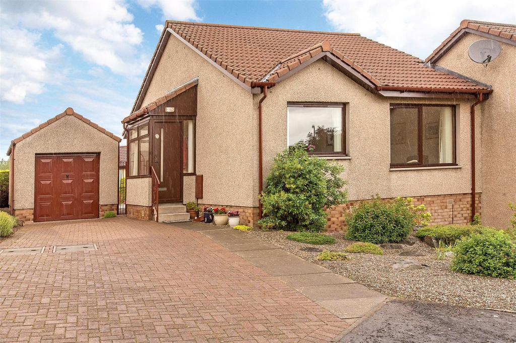 2 Bedrooms Semi Detached Bungalow for sale in 8 Soutar Crescent, Perth, Perthshire, PH1