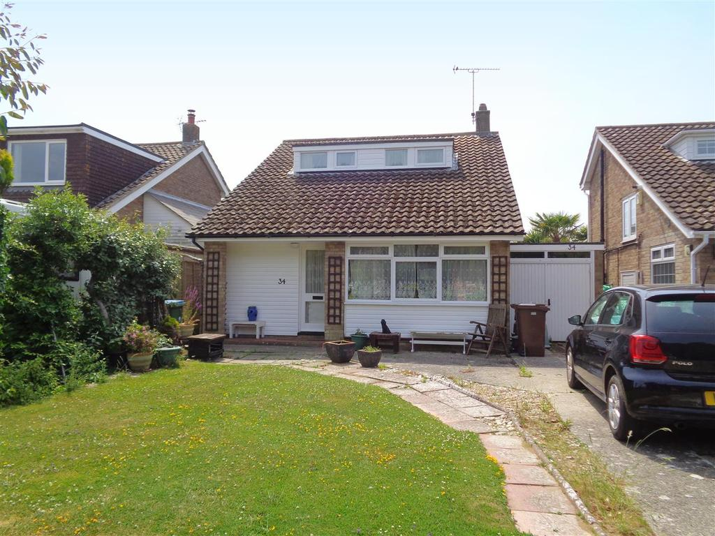 3 Bedrooms Detached House for sale in The Green, Pagham