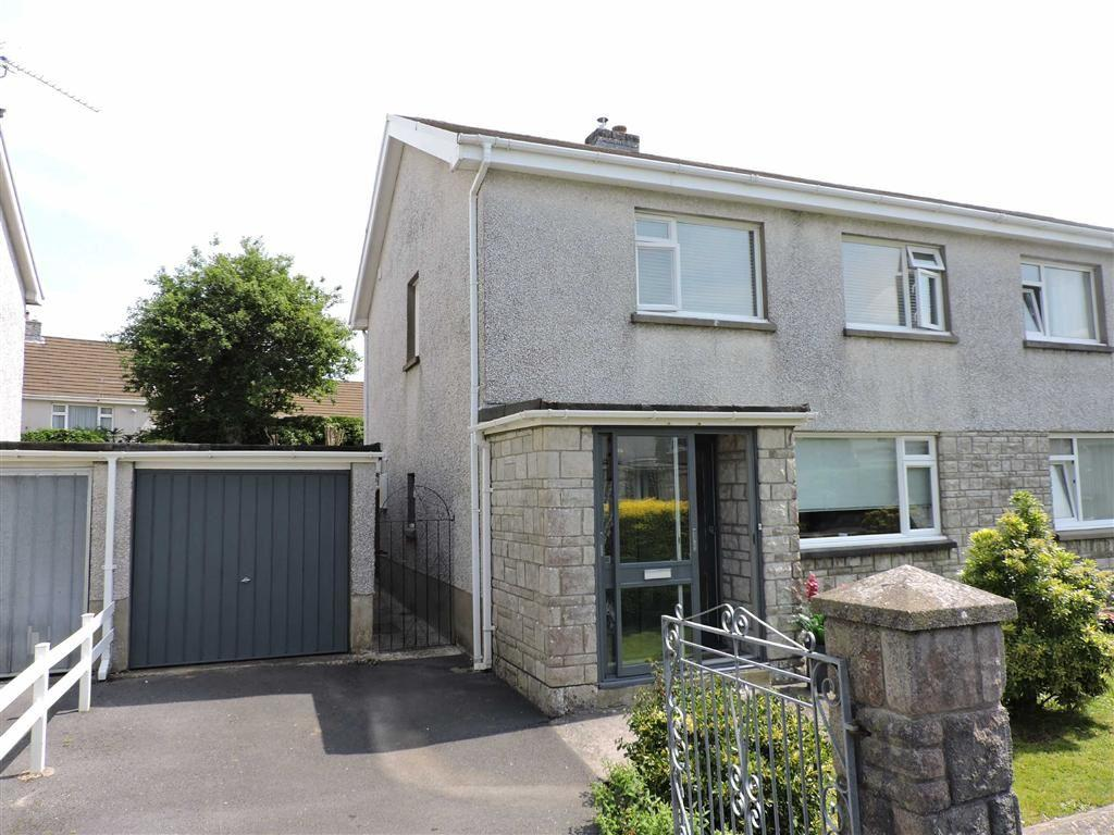 3 Bedrooms Semi Detached House for sale in Nant Yr Arian, Carmarthen