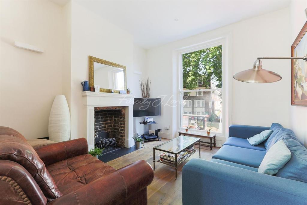 3 Bedrooms Flat for sale in Upper Street, Islington, N1