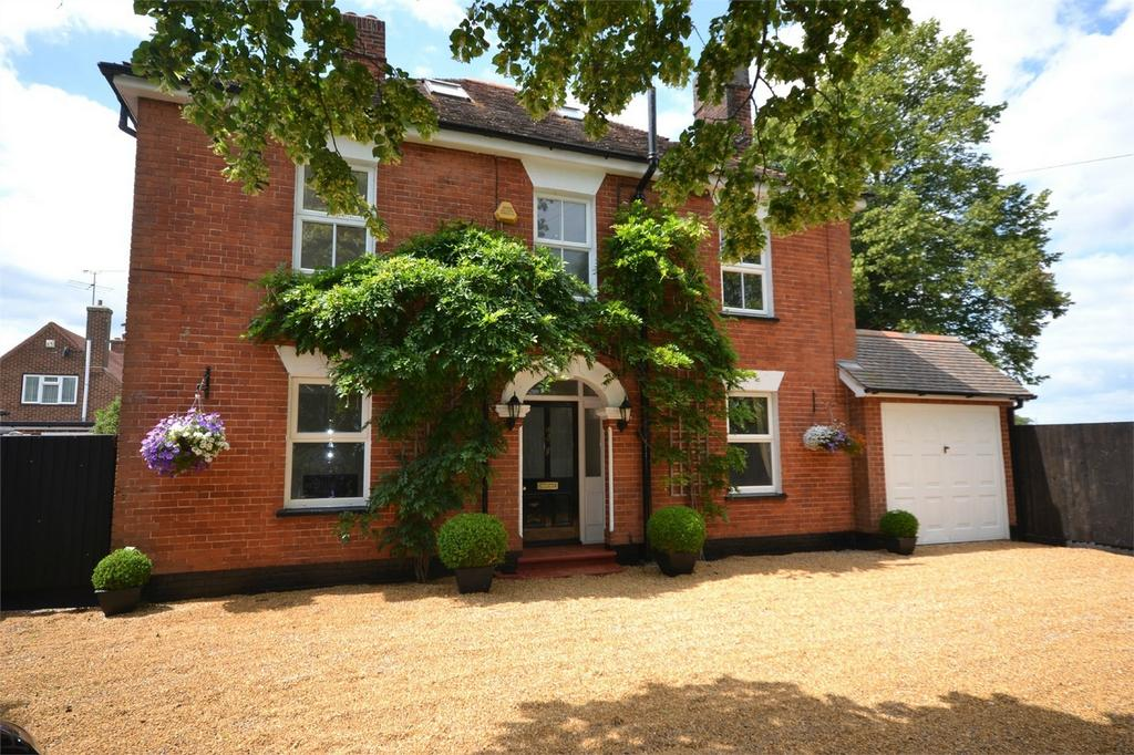 5 Bedrooms Detached House for sale in Broad Street Green Road, Heybridge, Maldon, Essex