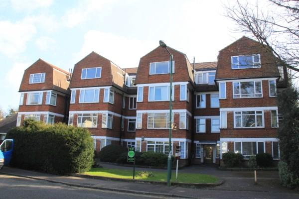 2 Bedrooms Apartment Flat for sale in Vale Road, Bournemouth