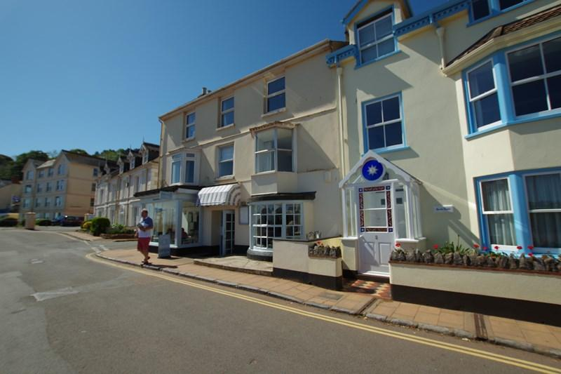 2 Bedrooms Flat for sale in Strand, Shaldon, Teignmouth
