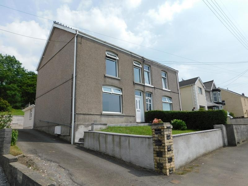 3 Bedrooms Semi Detached House for sale in Heol Y Gors , Cwmgors, Ammanford, Carmarthenshire.