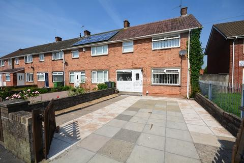 3 bedroom property for sale - Burnham Avenue, Llanrumney, Cardiff. CF3