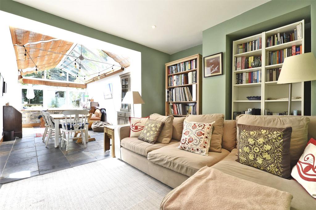 2 Bedrooms Flat for sale in Ardleigh Road, London, N1