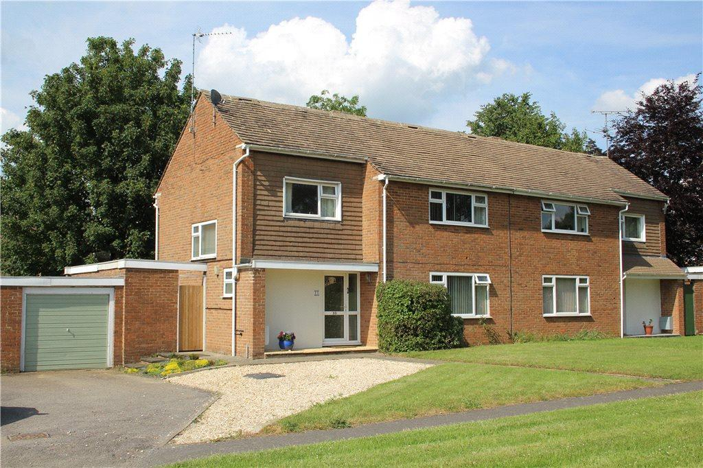 4 Bedrooms Semi Detached House for sale in Mosedale, Moreton-In-Marsh, Gloucestershire, GL56