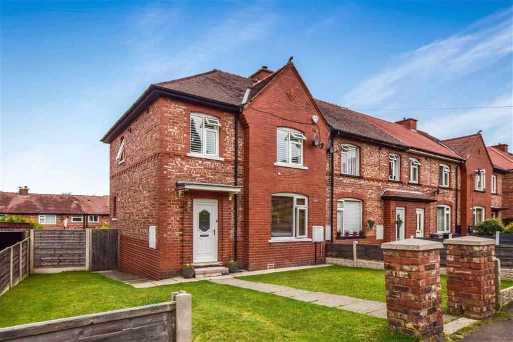 3 Bedrooms Semi Detached House for sale in Hillcroft Road, Altrincham, Cheshire, WA14