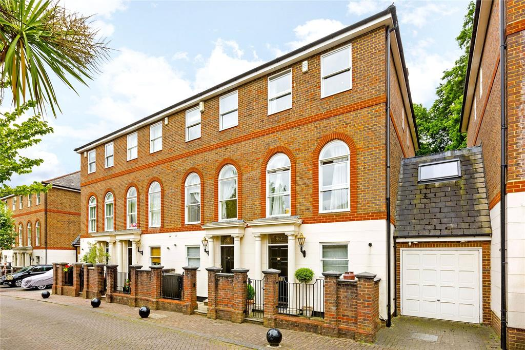 5 Bedrooms Link Detached House for sale in King George Square, Richmond, Surrey, TW10