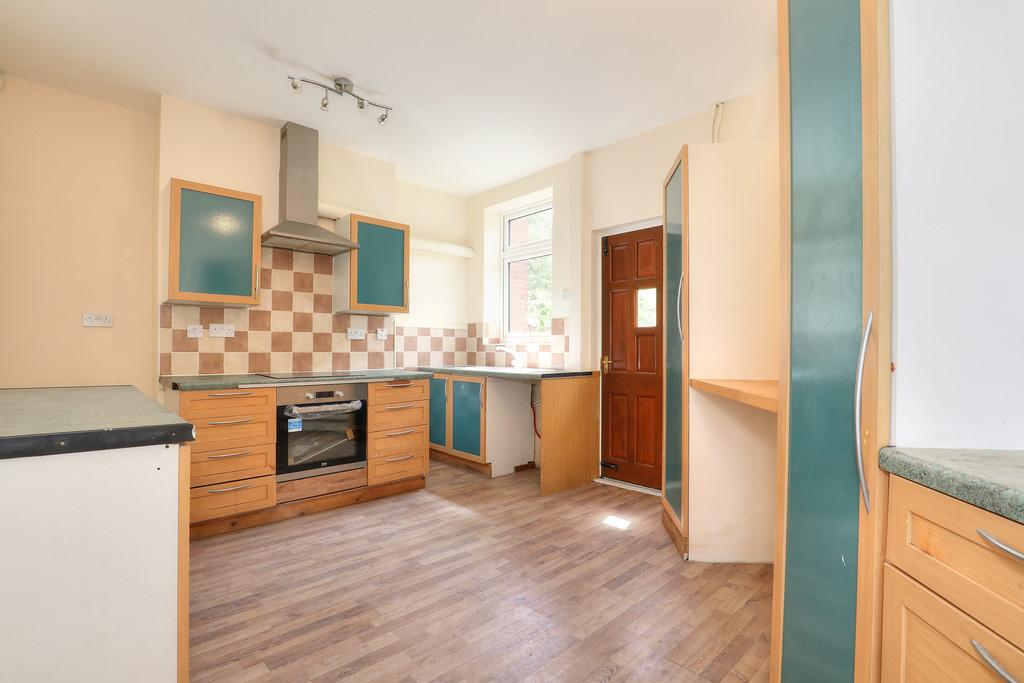 3 Bedrooms End Of Terrace House for sale in 220 Staniforth Road, Darnall, S9 3FS