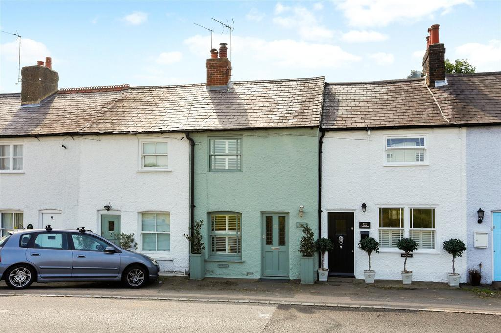 2 Bedrooms Terraced House for sale in Gate Cottages, Old Common Road, Chorleywood, Rickmansworth, WD3