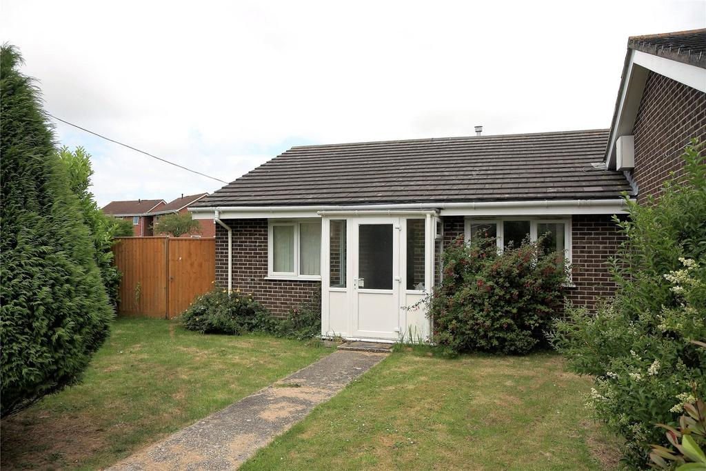 2 Bedrooms Bungalow for sale in Crossways, Dorset