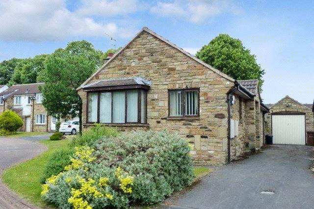 2 Bedrooms Detached Bungalow for sale in Grasmere Drive, Wetherby, West Yorkshire