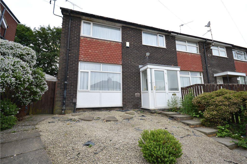 3 Bedrooms Town House for sale in Cross Heath Grove, Leeds, West Yorkshire