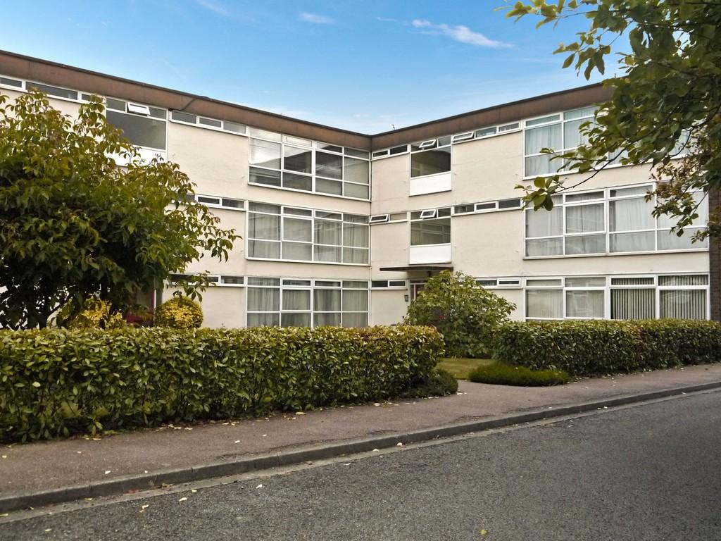 2 Bedrooms Apartment Flat for sale in St Johns Court, Stratford-Upon-Avon