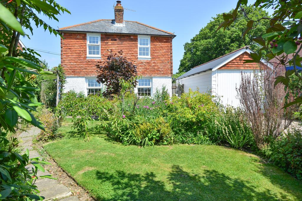 2 Bedrooms Detached House for sale in Main Road, Icklesham, East Sussex TN36 4BA
