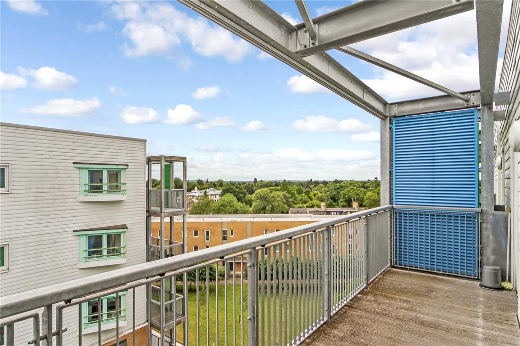 1 Bedroom Flat for sale in Warren Close, Cambridge