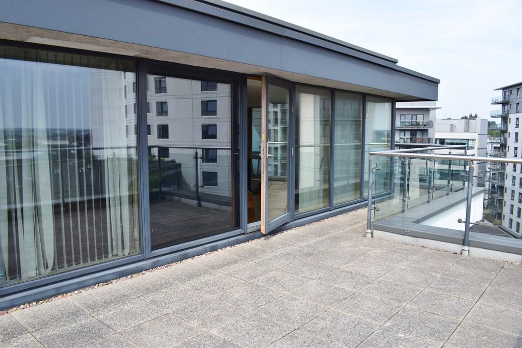 La Salle Leeds Dock 2 Bed Apartment 245 500