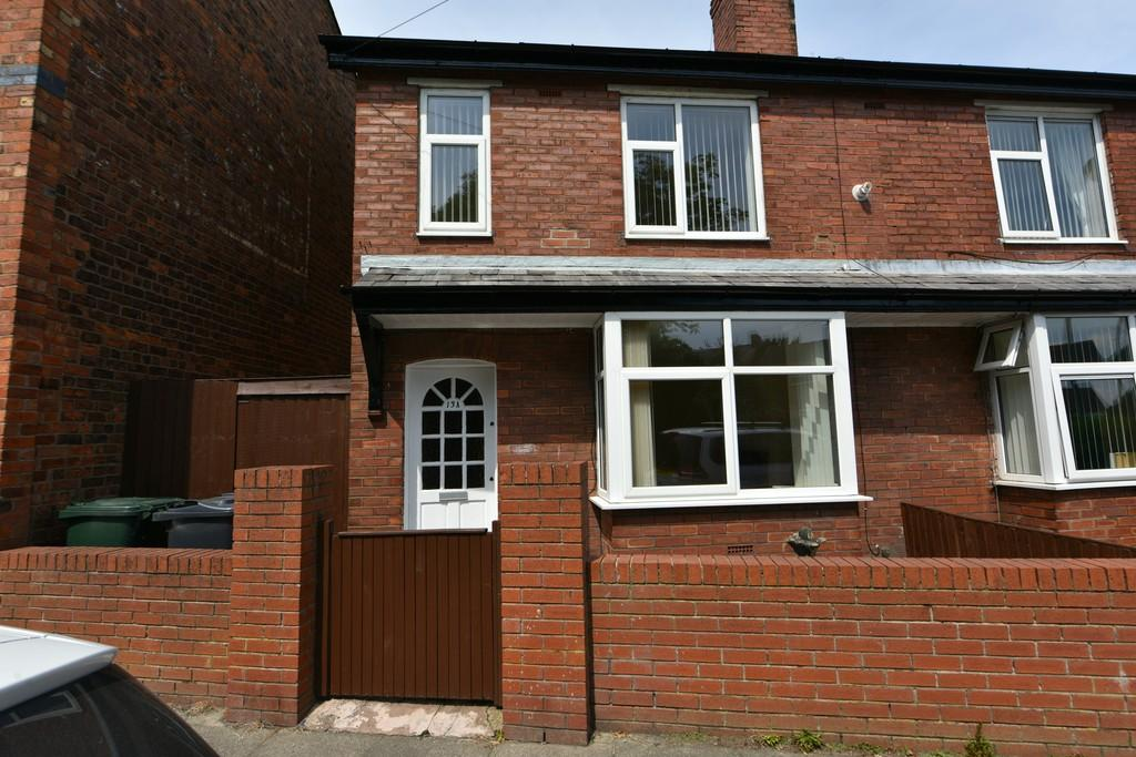 2 Bedrooms Semi Detached House for sale in Witham Road, Old Skelmersdale