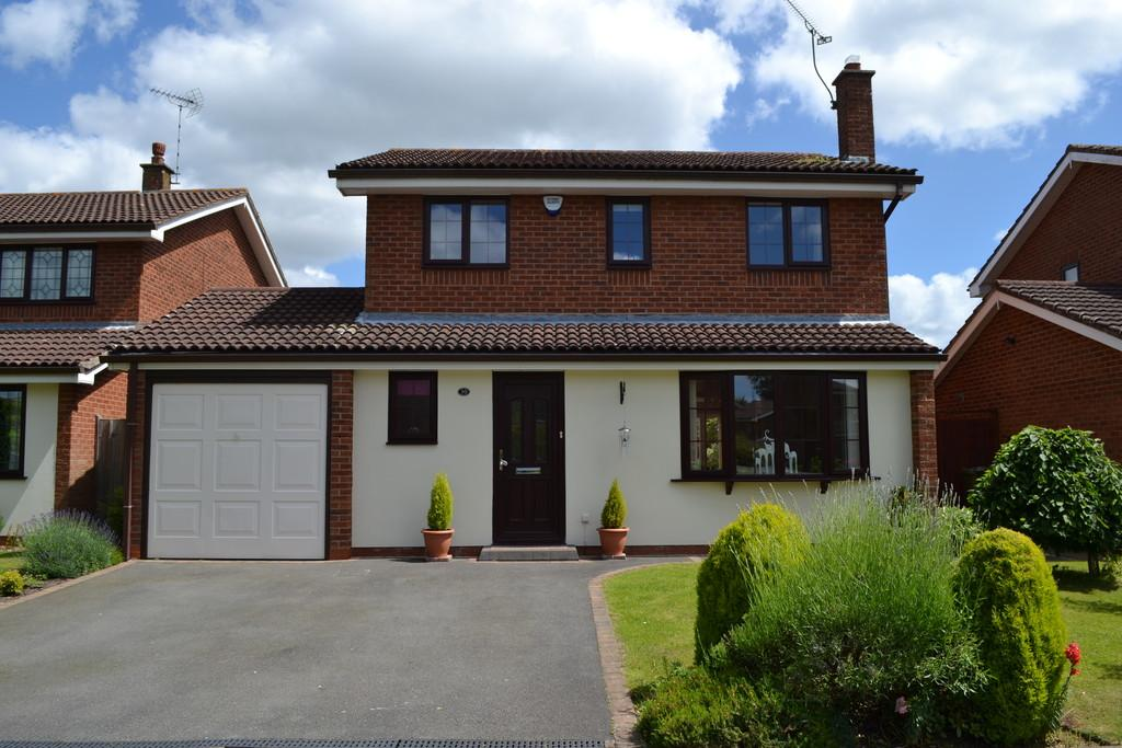 4 Bedrooms Detached House for sale in Bonneville Close, Millisons Wood