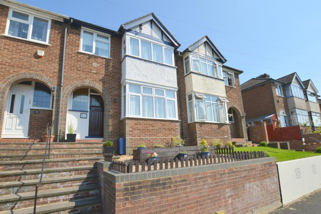 3 Bedrooms Terraced House for sale in Pomfret Avenue, Round Green, Luton, LU2 0JJ