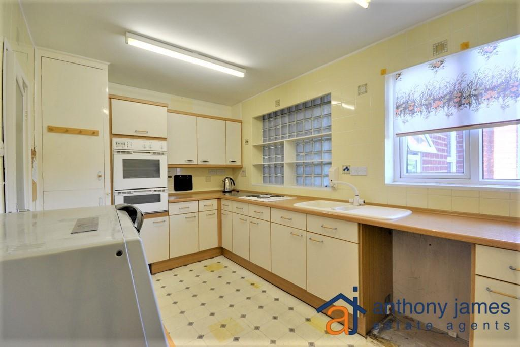 1 Bedroom Apartment Flat for sale in Preston Road, Hesketh Park, Southport, PR9 9EQ