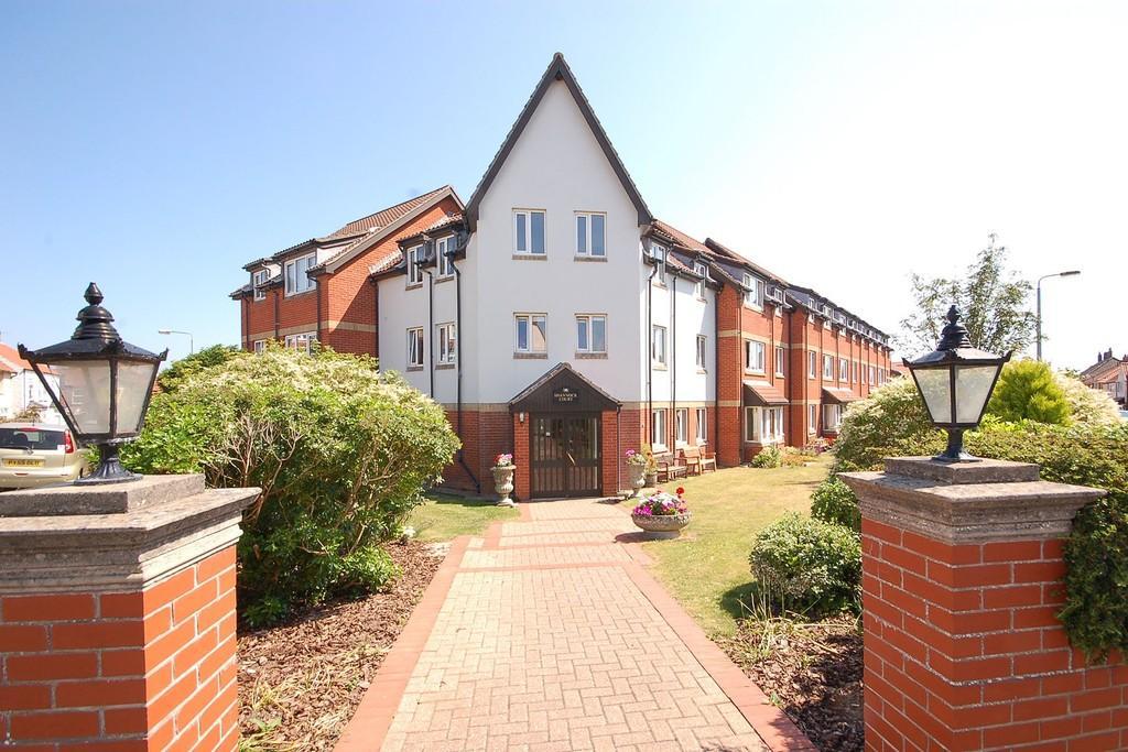 1 Bedroom Apartment Flat for sale in George Street, Sheringham