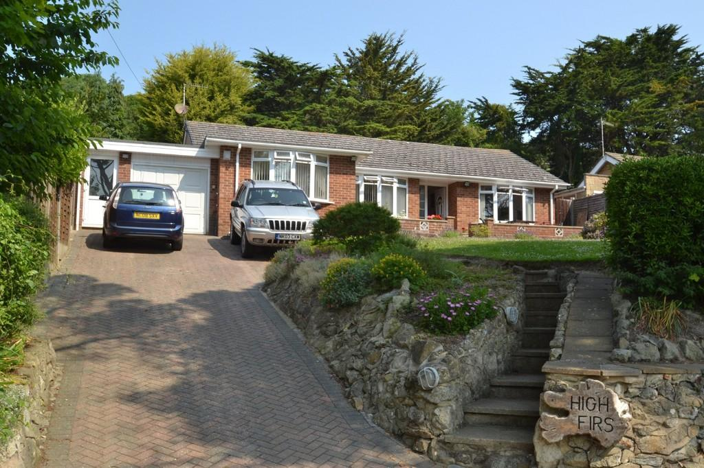 3 Bedrooms Detached Bungalow for sale in Old Park Road, St Lawrence