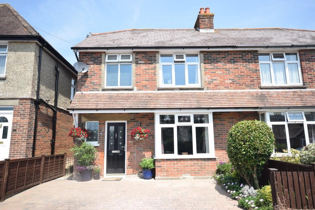 3 Bedrooms Semi Detached House for sale in Alderbury Road, Newport