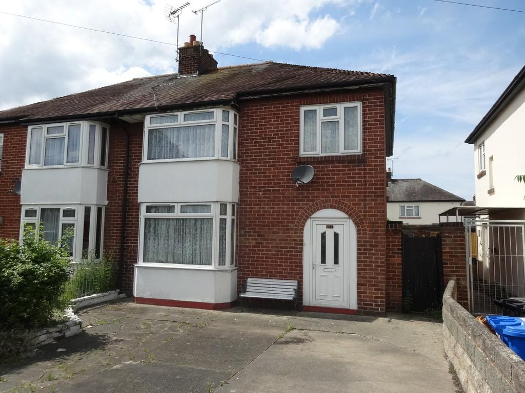 3 Bedrooms Semi Detached House for sale in Gwynfryn Avenue, Rhyl
