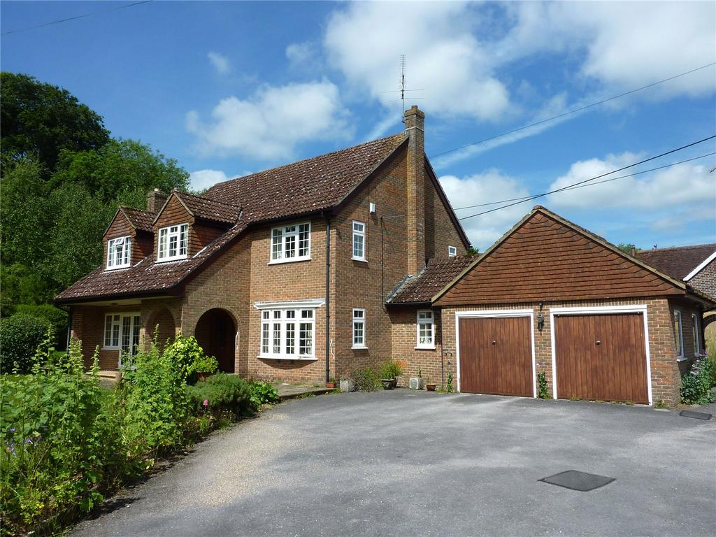 4 Bedrooms Detached House for sale in Tarrant Hinton, Blandford Forum, DT11