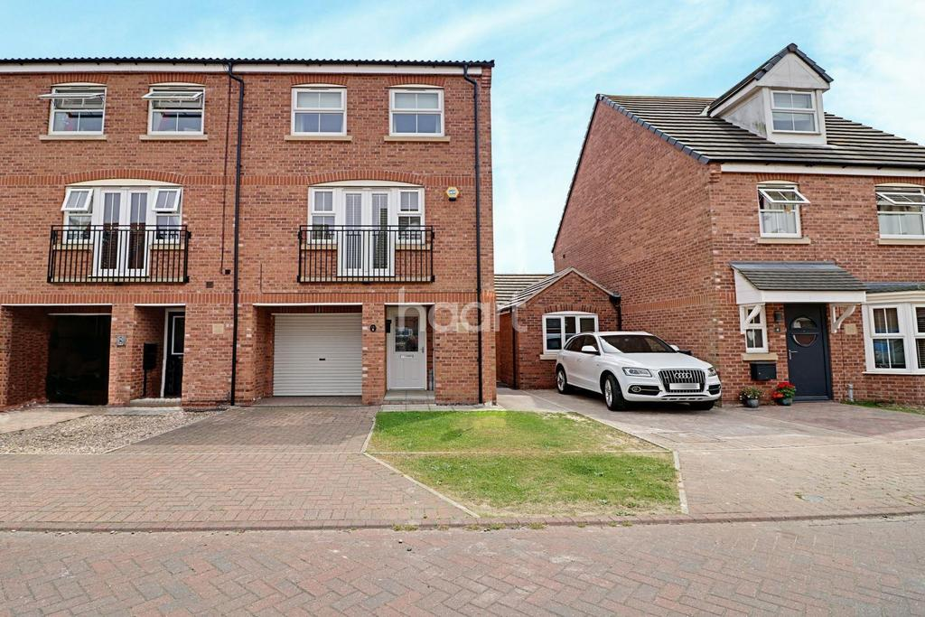 3 Bedrooms Terraced House for sale in Mercury Close, North Hykeham