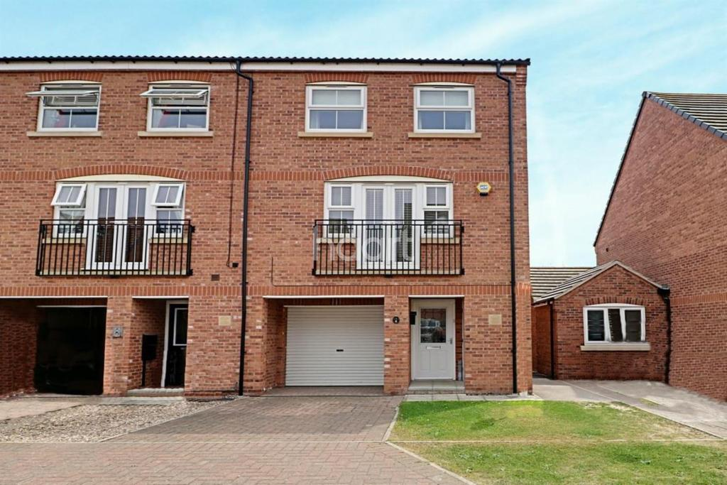 3 Bedrooms End Of Terrace House for sale in Mercury Close, North Hykeham