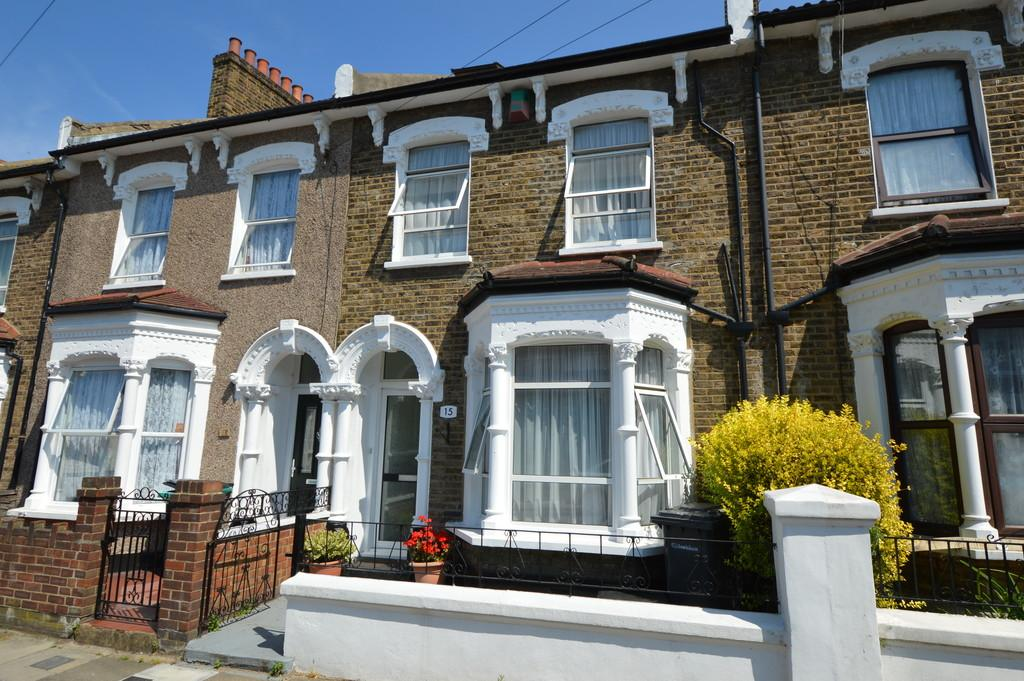 5 Bedrooms Terraced House for sale in Howson Road, Brockley, SE4