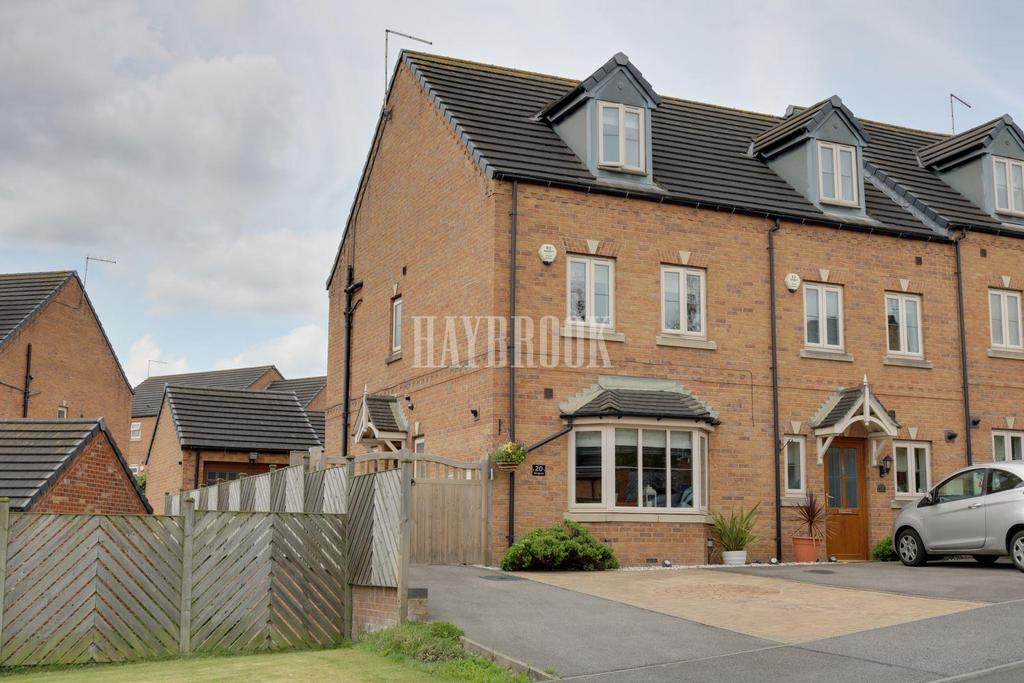 4 Bedrooms End Of Terrace House for sale in West Green Avenue, Monk Bretton