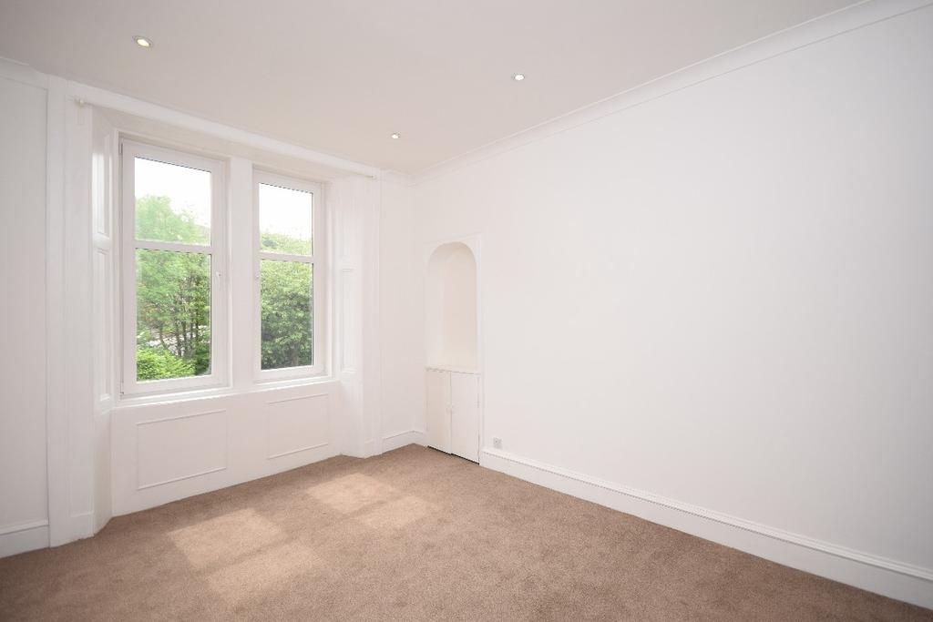 1 Bedroom Flat for sale in Newlands Road, Flat 1/3, Cathcart, Glasgow, G44 4EZ