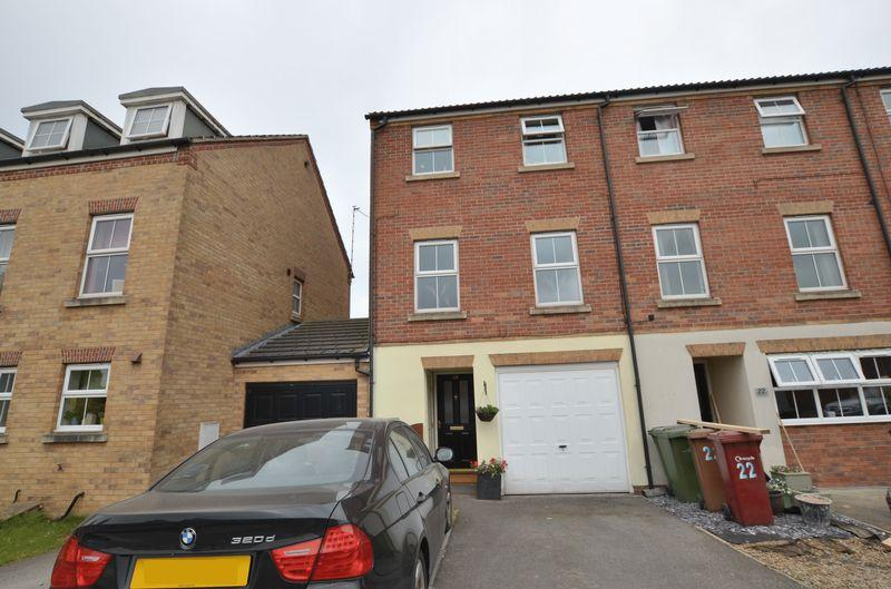 4 Bedrooms End Of Terrace House for sale in Pinewood Close, Scunthorpe