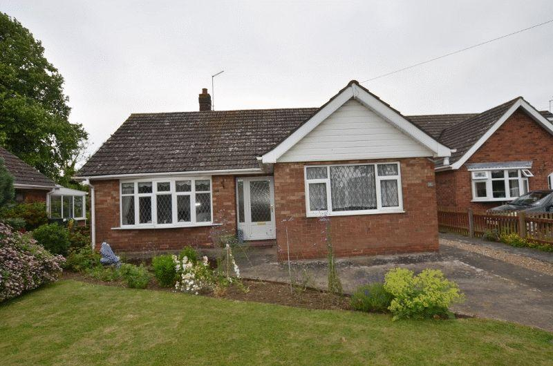 3 Bedrooms Detached Bungalow for sale in Orchard Drive, Scunthorpe