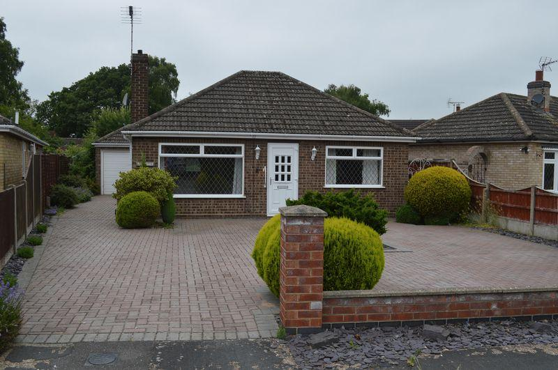 2 Bedrooms Detached Bungalow for sale in Gardenfield, Lincoln