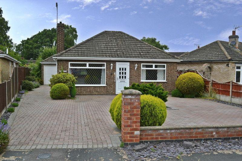2 Bedrooms Detached Bungalow for sale in Gardenfield, Skellingthorpe