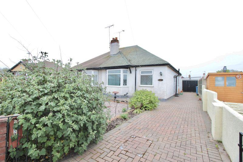 2 Bedrooms Semi Detached Bungalow for sale in East Close, Prestatyn