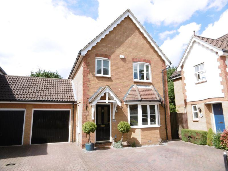 3 Bedrooms Detached House for sale in Chelsea Gardens, Church Langley, Harlow