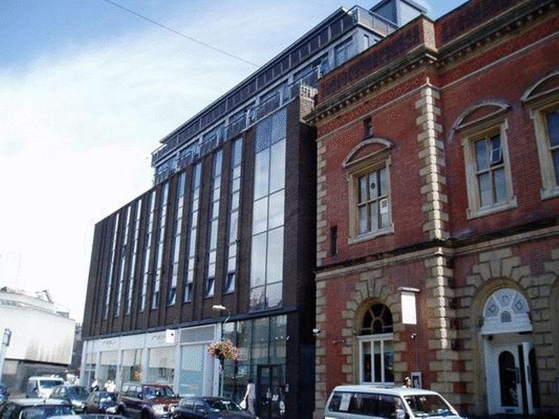 2 Bedrooms Apartment Flat for rent in Crusader House, Thurland Street, Nottingham