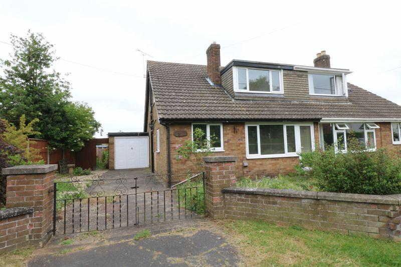 4 Bedrooms Semi Detached House for sale in Northlands Road, Winterton, Scunthorpe