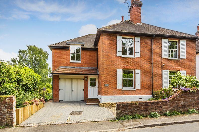 4 Bedrooms Semi Detached House for sale in Bramley