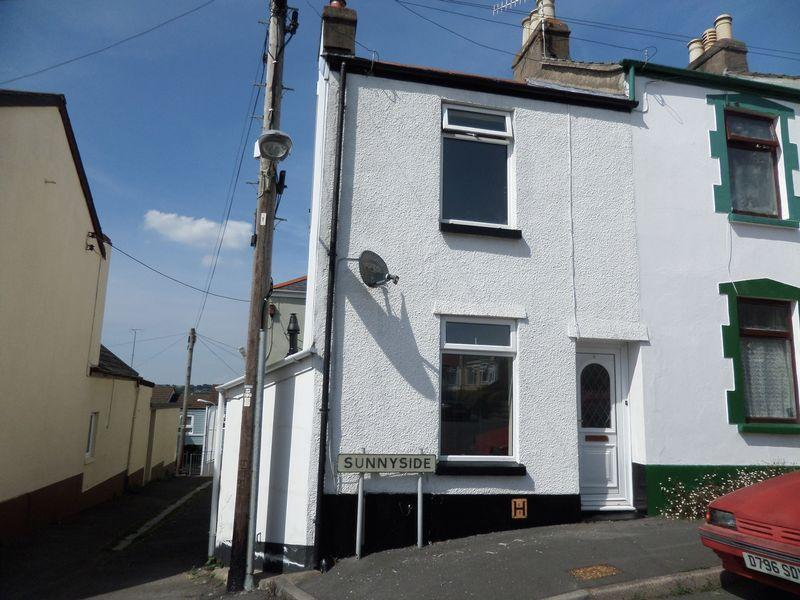 2 Bedrooms Terraced House for sale in Sunnyside, Bideford