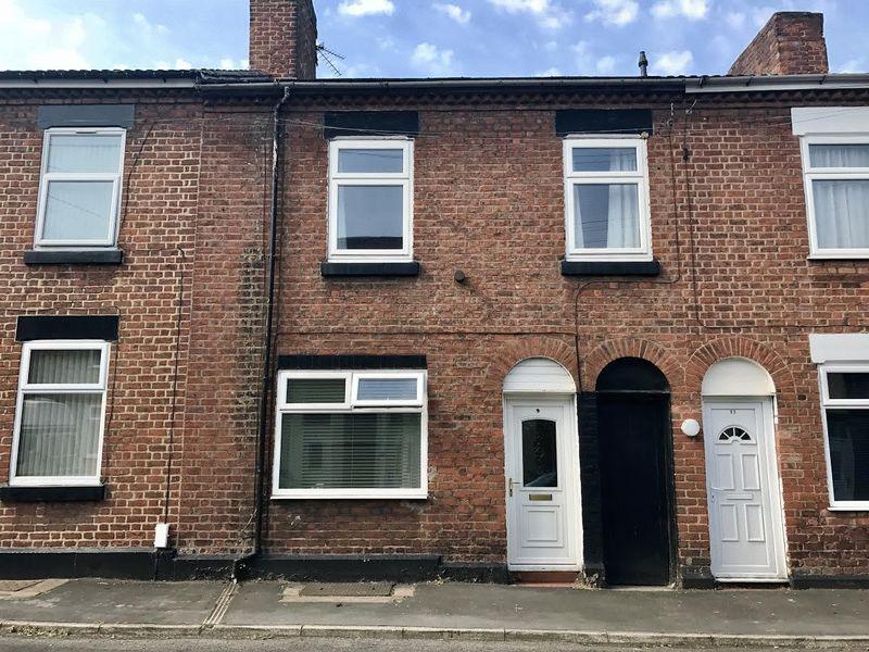 3 Bedrooms Terraced House for sale in Cawdor Street, Runcorn