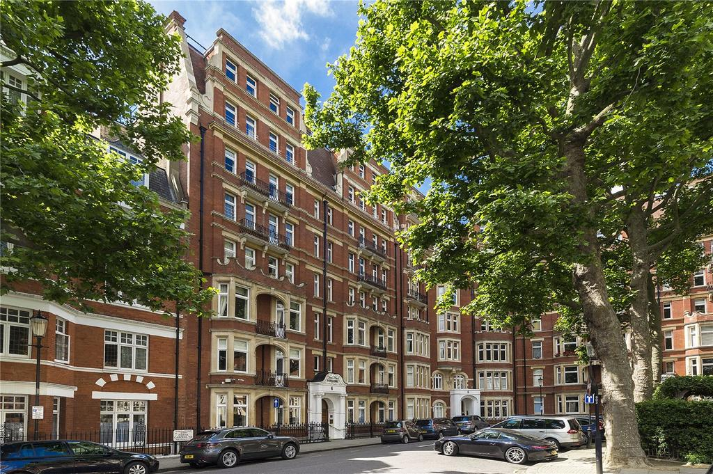 3 Bedrooms Flat for sale in Iverna Court, Kensington, London, W8